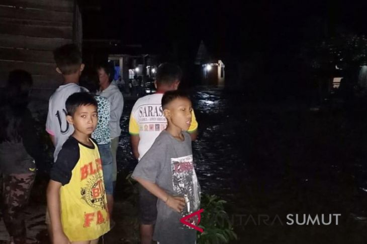 Banjir Tapanuli Selatan meluas