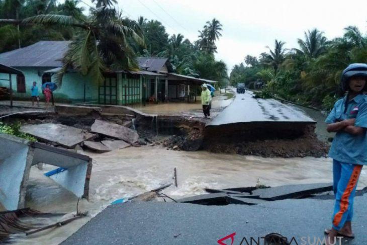 Banjir Natal 730 warga diungsikan