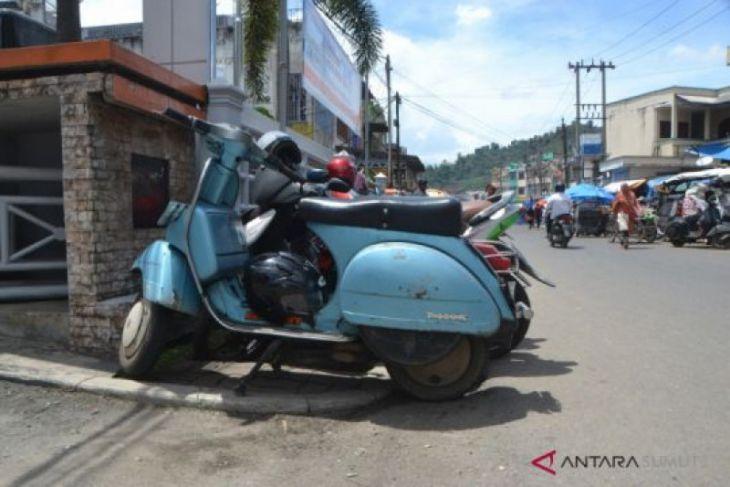 Pemkot Padangsidimpuan imbau pedagang tidak gunakan trotoar