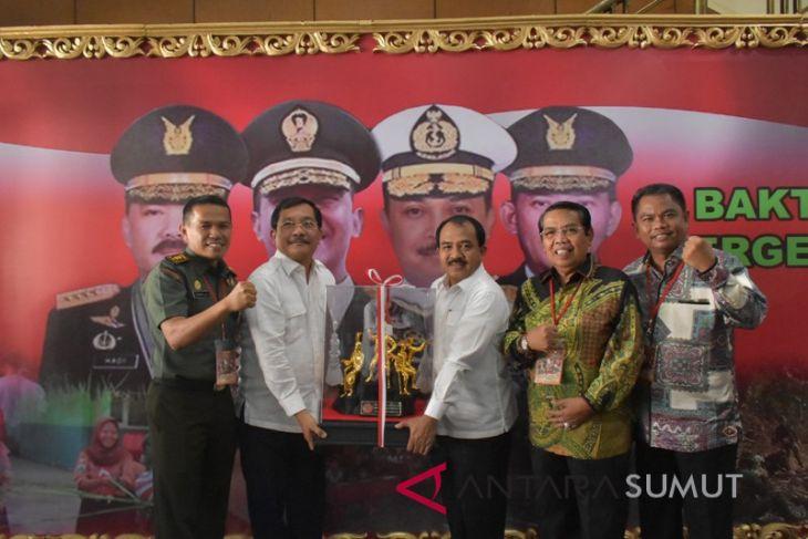 TMMD sukses di Deli Serdang, TNI Beri penghargaan