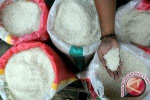 Pedagang jual beras di atas HET dicabut ijin