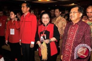 Hasto: PDIP Tak Dorong Pergantian Kabinet
