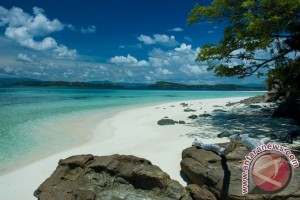 Lokasi Wisata Gorontalo Dipadati Pengunjung