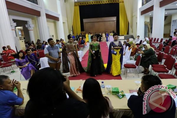 54 Peserta Ikut Festival Fashion Karawo