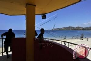 Wisata Pantai Bolihutuo Ramai Dikunjungi Warga Berlibur