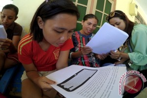 Putri Pariwisata Gorontalo Sosialisasikan Penyelamatan Terumbu Karang