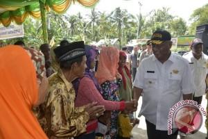 Gubernur Gorontalo Serap Aspirasi Masyarakat Transmigrasi