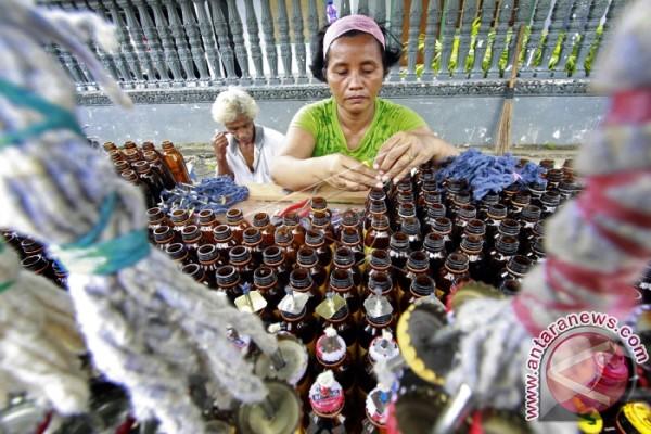 Pemkab Gorontalo Sediakan Minyak Tanah Untuk Tumbilotohe