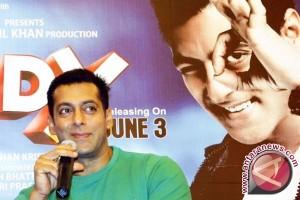 Salman Khan dinyatakan tak bersalah atas kasus perburuan satwa