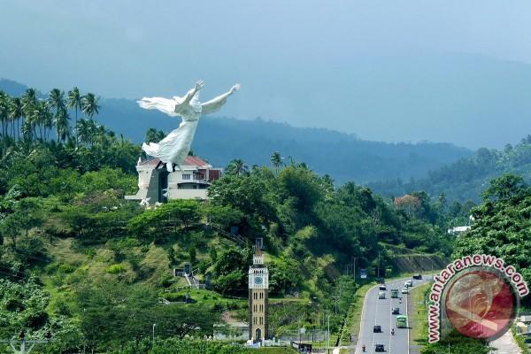 Manado Targetkan Kunjungan Wisatawan 1,4 Juta Orang