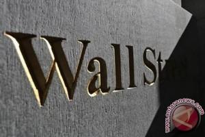 Wall Street berakhir naik setelah data inflasi lemah