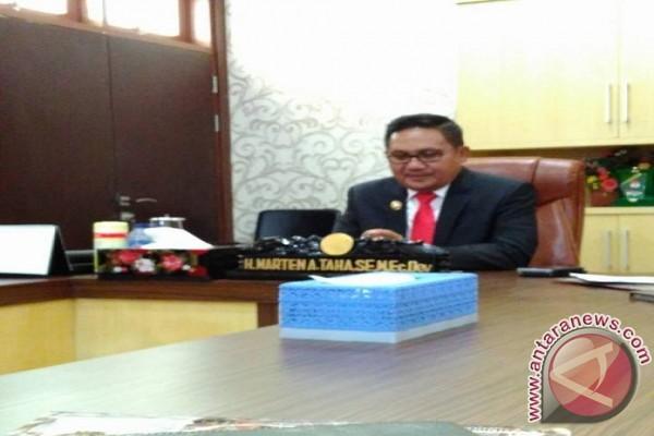 Wali Kota Gorontalo Lantik 93 Pejabat Baru