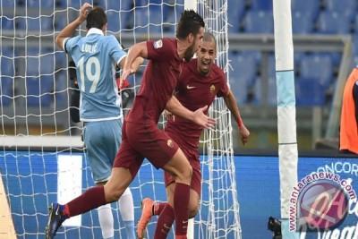 Roma Kalahkan Lazio 2-0