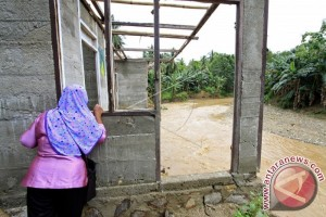Tiga Rumah Rusak Akibat Banjir Bandang Di Ombulo