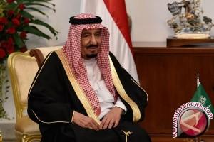 Raja Salman keluarkan dekrit, izinkan perempuan Saudi peroleh SIM