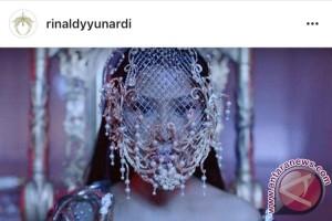 Desainer Indonesia ini tak menyangka karyanya dipakai Nicki Minaj