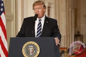 """Kicauan """"covfefe"""" Trump picu spekulasi"""