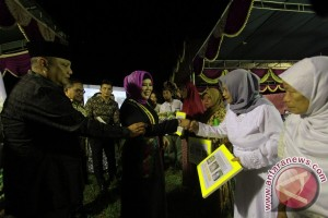 "Gubernur Rusli Apresiasi Gerakan ""SMS"" Di Kota Gorontalo"