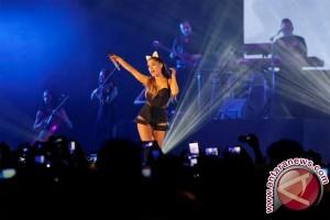Ariana Grande tunda konser Eropa