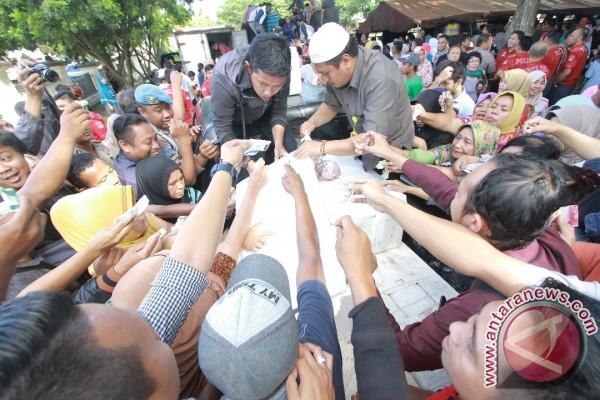 Ribuan Warga Padati Pasar Murah Polda Gorontalo