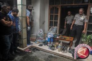 Bom rakitan meledak di rumah kontrakan Bandung