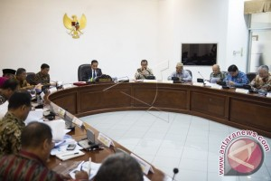Gubernur Rusli Habibie Ikut Ratas Kabinet Bersama Presiden