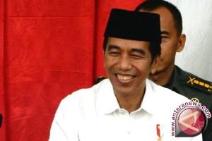Presiden: Gaji 14 PNS Diterima Maksimal Selasa
