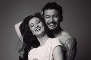 Atiqah Hasiholan-Rio Dewanto sambut kelahiran anak perempuan