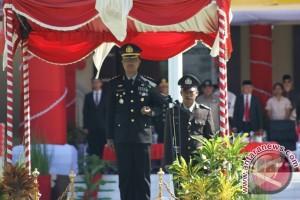 Kapolres Pohuwato Beri Perhargaan Anggota Berprestasi