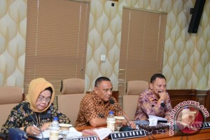 Gubernur Gorontalo Persilahkan Pejabat Kabupaten Ikut Lelang Jabatan
