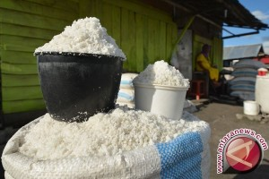 Garam impor mulai masuk Indonesia