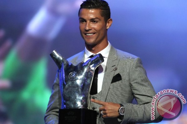 Cristiano Ronaldo Desak Dunia Bantu Pengungsi Rohingya