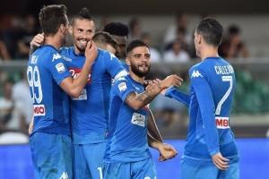 Napoli hantam Verona 3-1