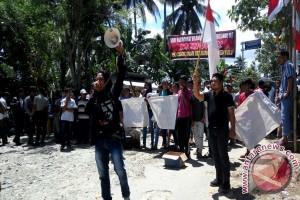 Sosialisasi Pembangunan Waduk Bulango Hulu Ditolak Warga