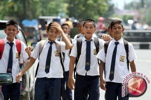 Kemdikbud: Tiga Juta Pelajar SMP Bisa Cairkan PIP