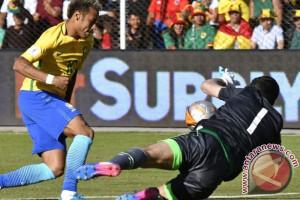 Bolivia tahan Brasil 0-0 berkat Carlos Lampe