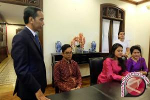 Presiden Joko Widodo kunjungi rumah calon besan