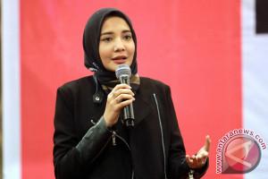 Zaskia Sungkar Promosikan Sulam Karawo Gorontalo