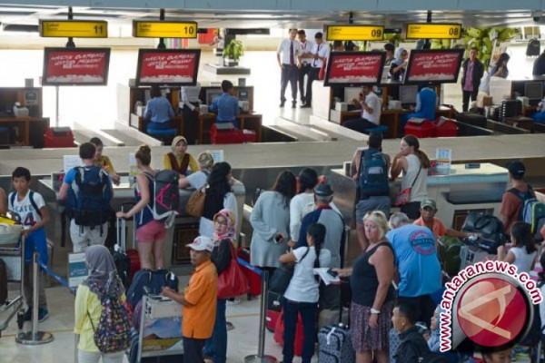 Bandara Lombok beroperasi kembali pascapenutupan Minggu
