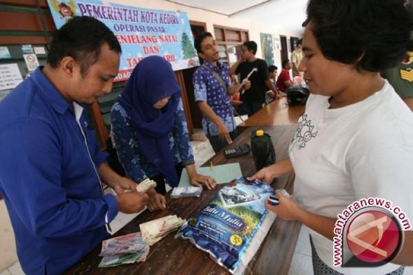 Masyarakat Manado serbu pasar murah Natal pemprov