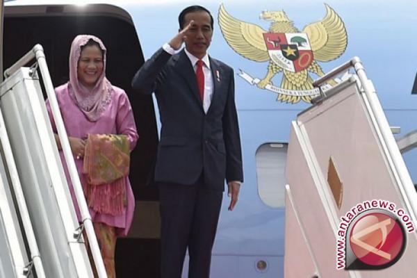 Presiden Jokowi hadiri KTT Luar Biasa OKI Istanbul
