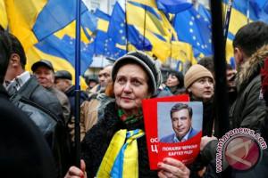 Hakim Ukraina bebaskan mantan presiden Georgia dari penahanan