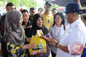1.888 Warga Miskin Kota Gorontalo Terima BPNT