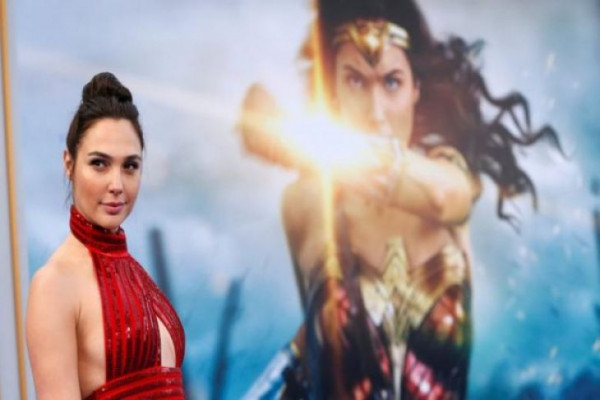 "Gal Gadot Akan main di Film ""Ralph Breaks The Internet"""