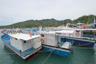 Nelayan Sumalata Terima 10 Unit Kapal 3 GT