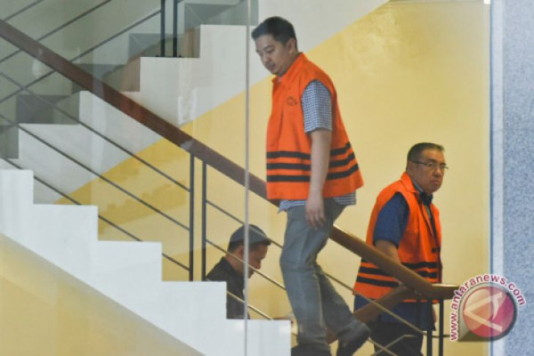 KPK Perpanjang Masa Penahanan Wali Kota Kendari