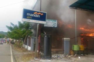 Wisma PLTU Anggrek Gorontalo Utara Terbakar