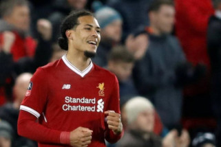 Virgil: Jangan Terlalu Khawatirkan Pertahanan Liverpool