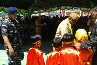 TNI AL Bantu Masyarakat Pesisir Gorontalo Utara