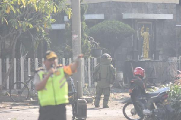 Keluarga Terduga Teroris Gemparkan Surabaya Minggu Pagi